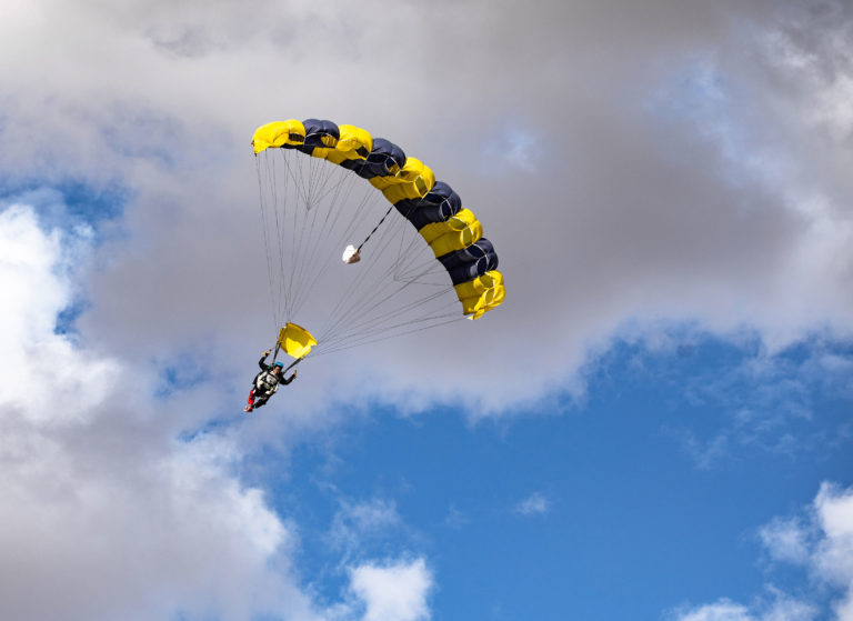 Tandem Skydiving near St George UT and Ls Vegas NV