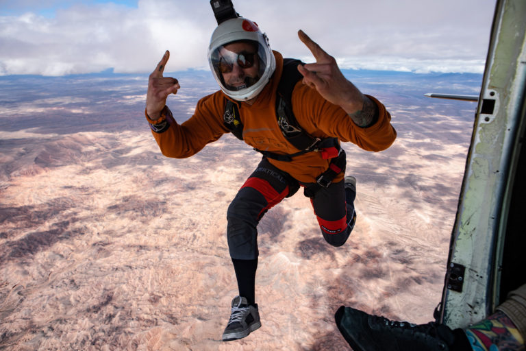 Happy Skydiving near St George Utah